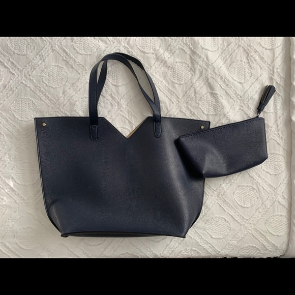 Neiman Marcus Handbags - Brand New Neiman Marcus Navy Tote & Cosmetic Bag